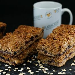Summer Fruits Crumble Flapjack - 1 Giant Flapjack