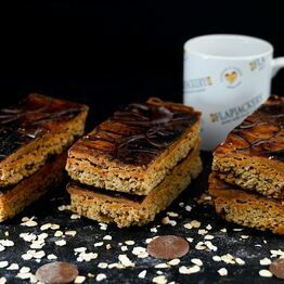 Burnt Caramel And Sea Salt Flapjack - 1 Giant Flapjack